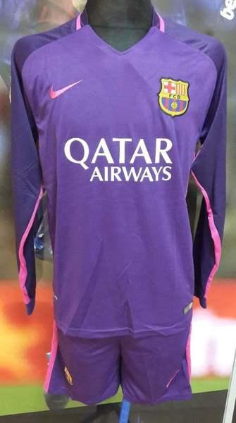 99b1cfc6 ФК Барселона с длинными. Вы можете заказать и купить форму Барселоны.  Барселона футболка домашняя реплика. Футбольная форма Барселоны с длинным  рукавом, ...