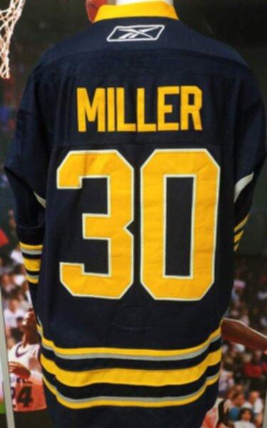 свитер Buffalo Sabres №30 MILLER
