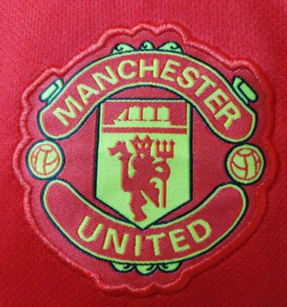 форма Manchester United  2021-2022  домашняя