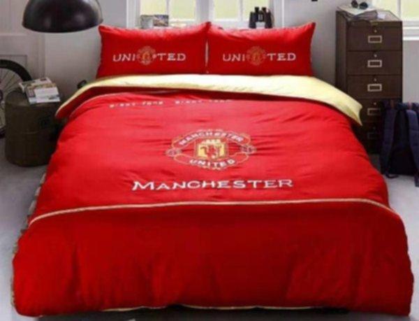 постельный комплект Manchester United ( 200смx230см )( хлопок )( наволочка-2шт., пододеяльник-1шт., простыня-1шт.) с вышивкой