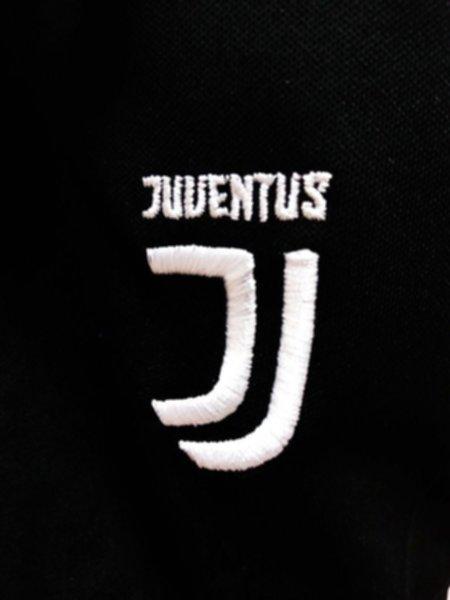 форма Juventus(2019-2020)(домашняя)