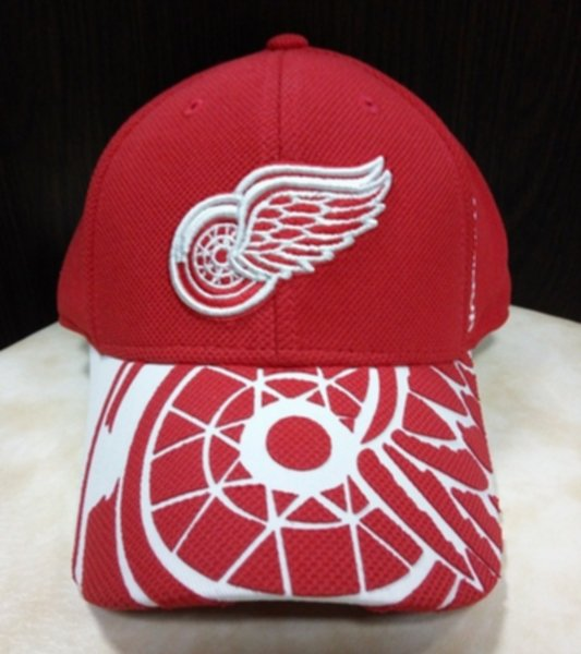 бейсболка Detroit Red Wings