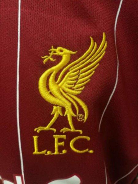форма Liverpool  (2019-2020) (домашняя)