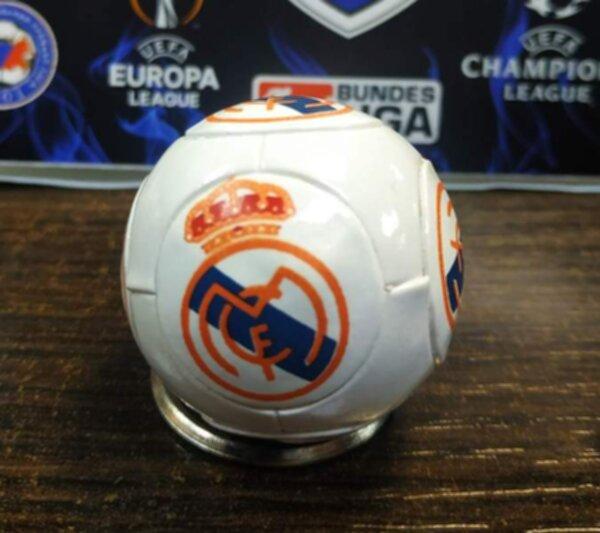 брелок Реал Мадрид 4 см  пластик