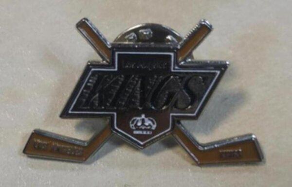 значок  Los Angeles Kings   №0956    3 см х 2 см  металл