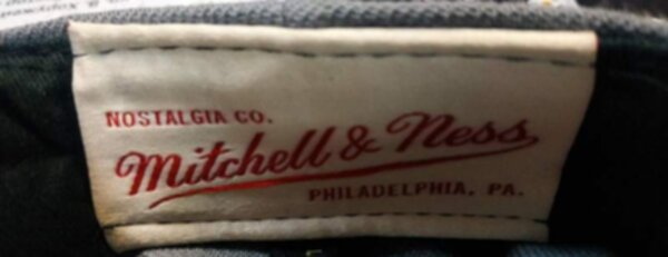 снэпбэк Miami Heat  Mitchell & Ness