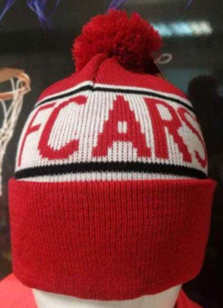 шапка Arsenal(с вышивкой)(акрил 100%)