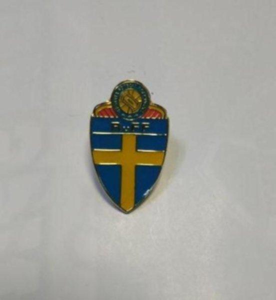 значок сборной Швеции ( №0827 )  металл и полимерная смола